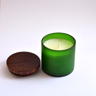 Green Frosted Jar candle with wooden lid